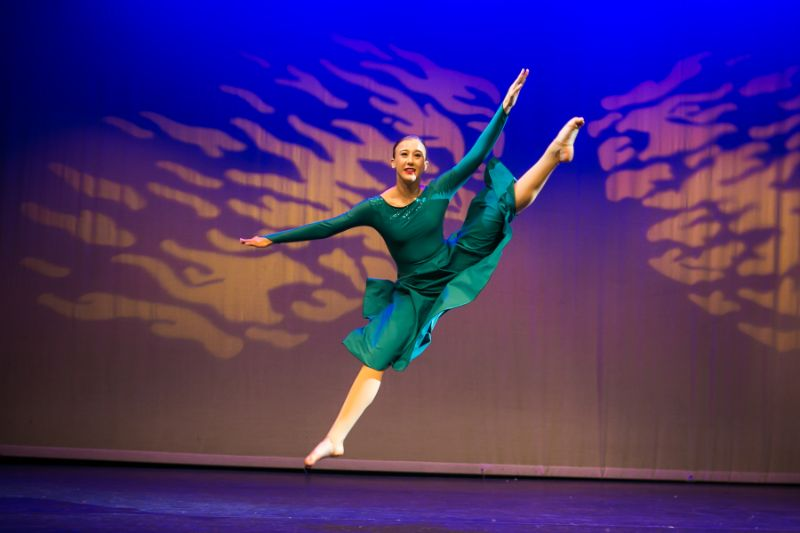 Leaps & Turns dancers in Woking Surrey